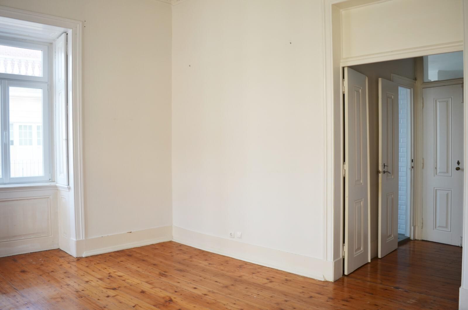pf18621-apartamento-t4-lisboa-080c7bdc-7dae-4ea1-be4e-17cc89db7bf3
