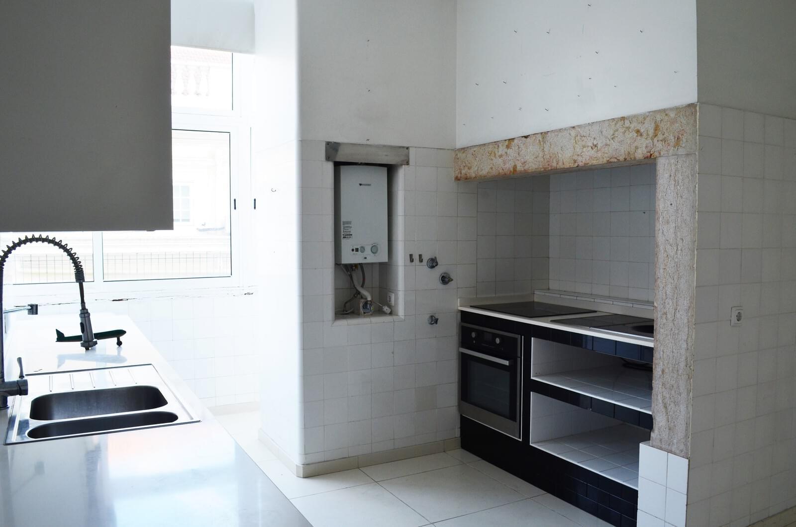 pf18621-apartamento-t4-lisboa-221234cb-07af-4e33-9182-00bc411fea4e