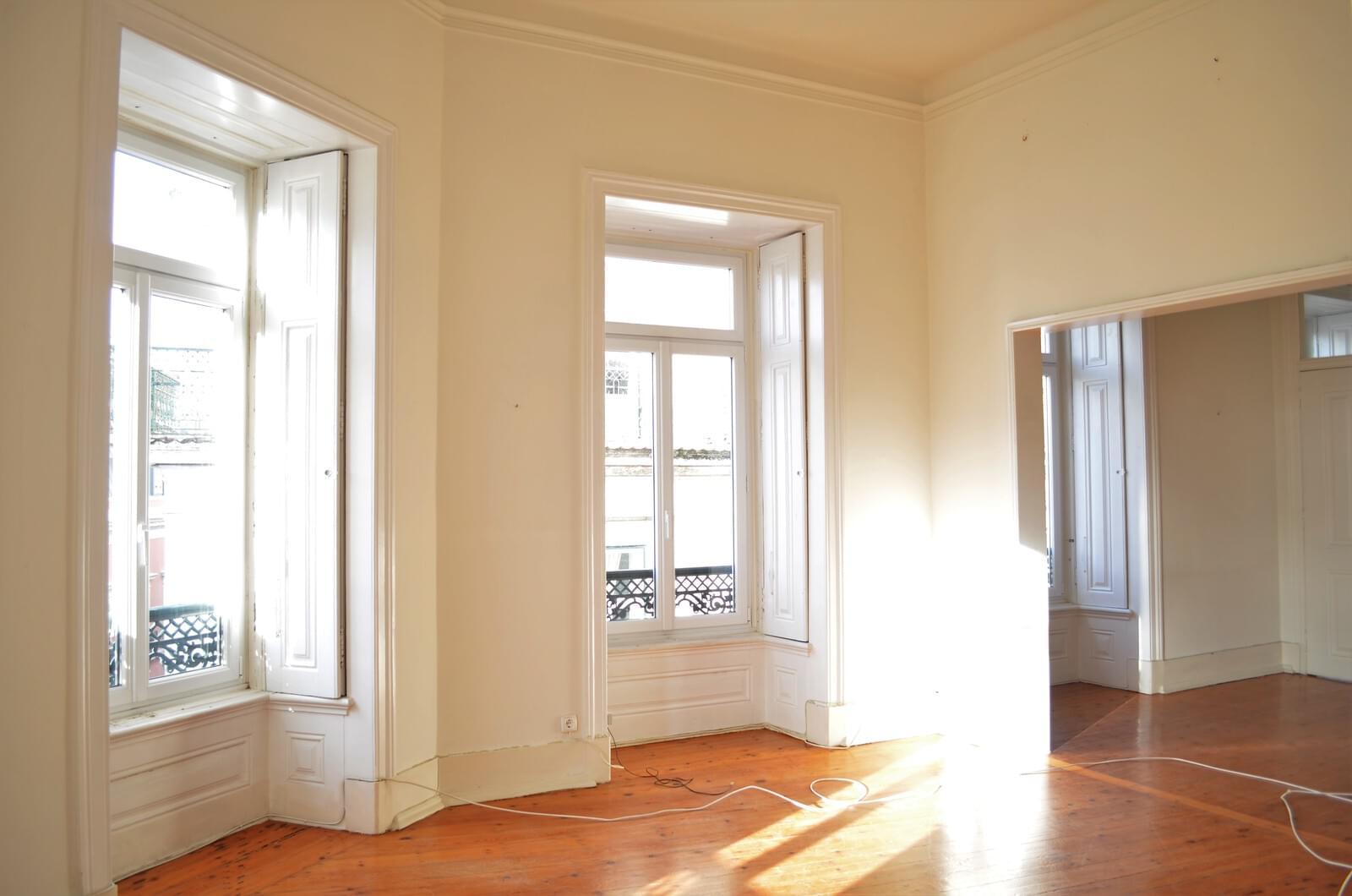 pf18621-apartamento-t4-lisboa-e9fded73-314b-487b-b1df-c5ef64366aa7