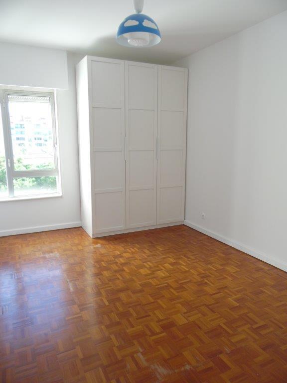 pf18623-apartamento-t2-cascais-502f9cd9-49d7-40c6-b85a-74cde5b57083