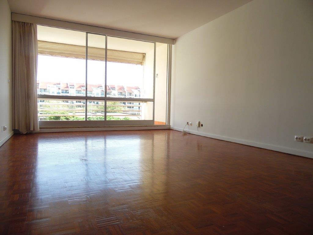 pf18623-apartamento-t2-cascais-c081e33f-45f9-4e2e-9e96-5f8a2379a6fb