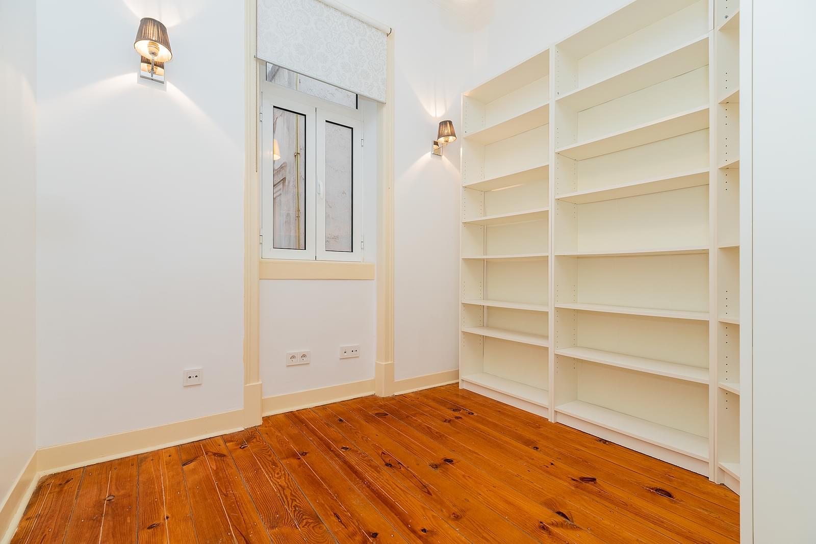 pf18723-apartamento-t3-1-lisboa-03a73638-eb98-4170-a620-d1cef08f9dbd