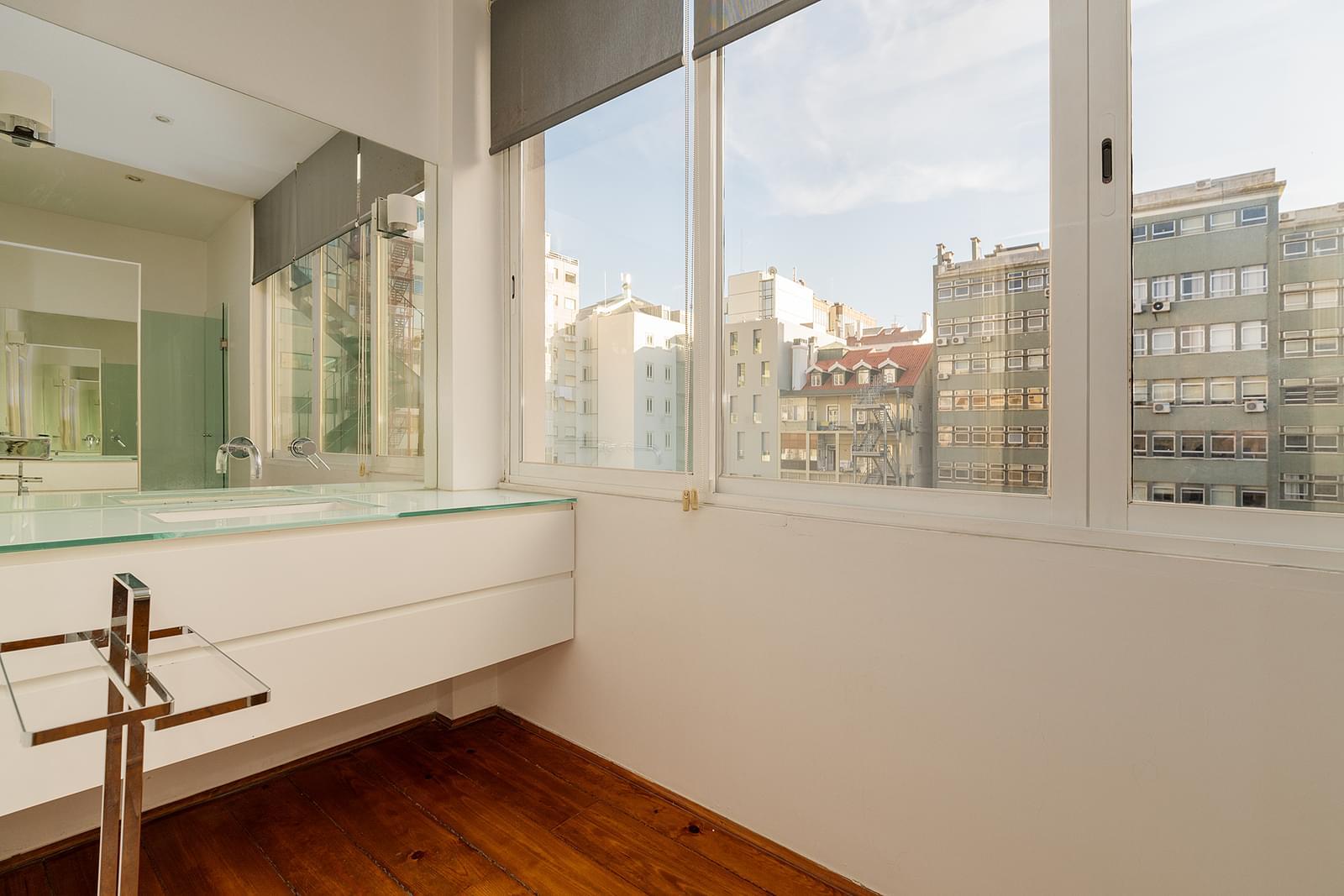 pf18723-apartamento-t3-1-lisboa-04d9a56f-affb-4f69-b4fd-74af01642574