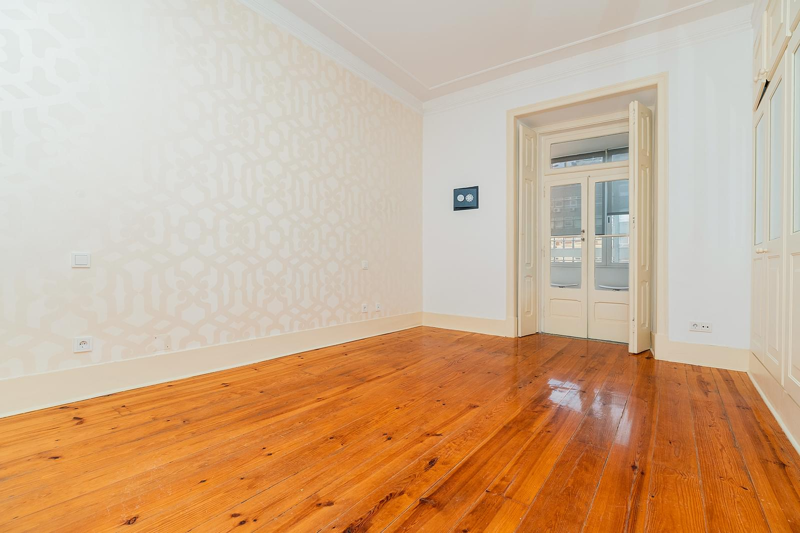 pf18723-apartamento-t3-1-lisboa-b58cabc2-6caf-4103-b8b5-2ed202e62c4a
