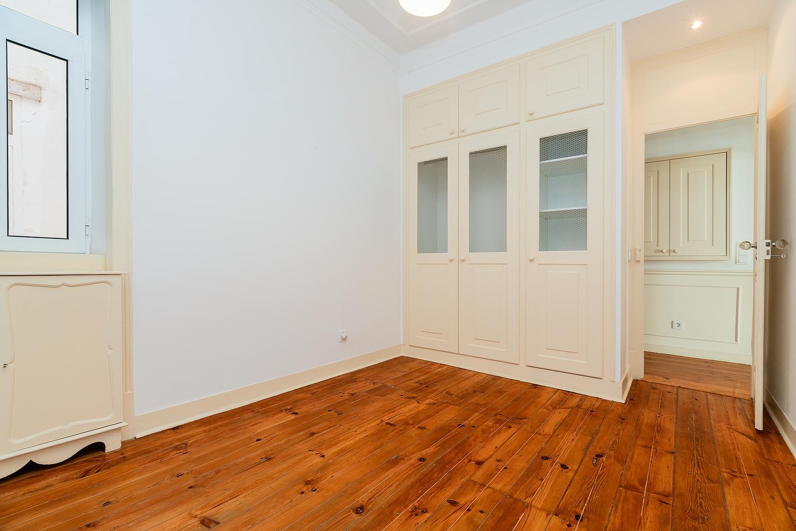 pf18723-apartamento-t3-1-lisboa-ed92898b-8fbd-43b3-9c7f-ea8fd4d109a7