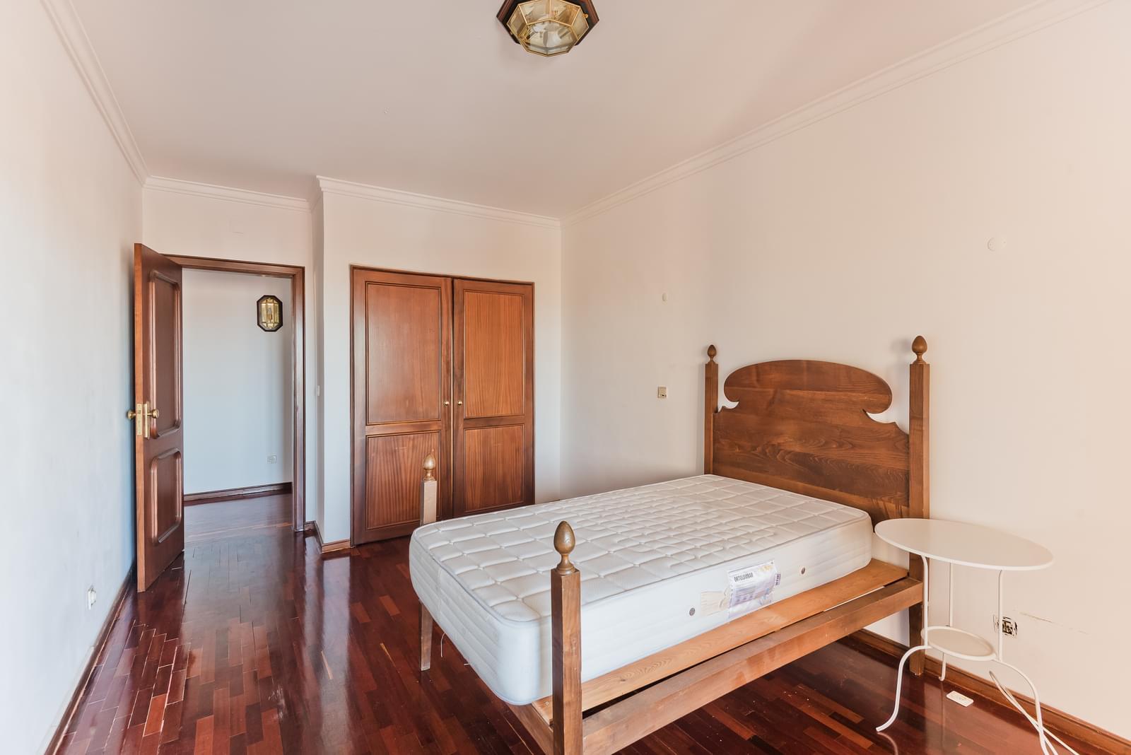 pf18730-apartamento-t2-cascais-10a1c0f4-6b51-4838-80cf-7b6784418455