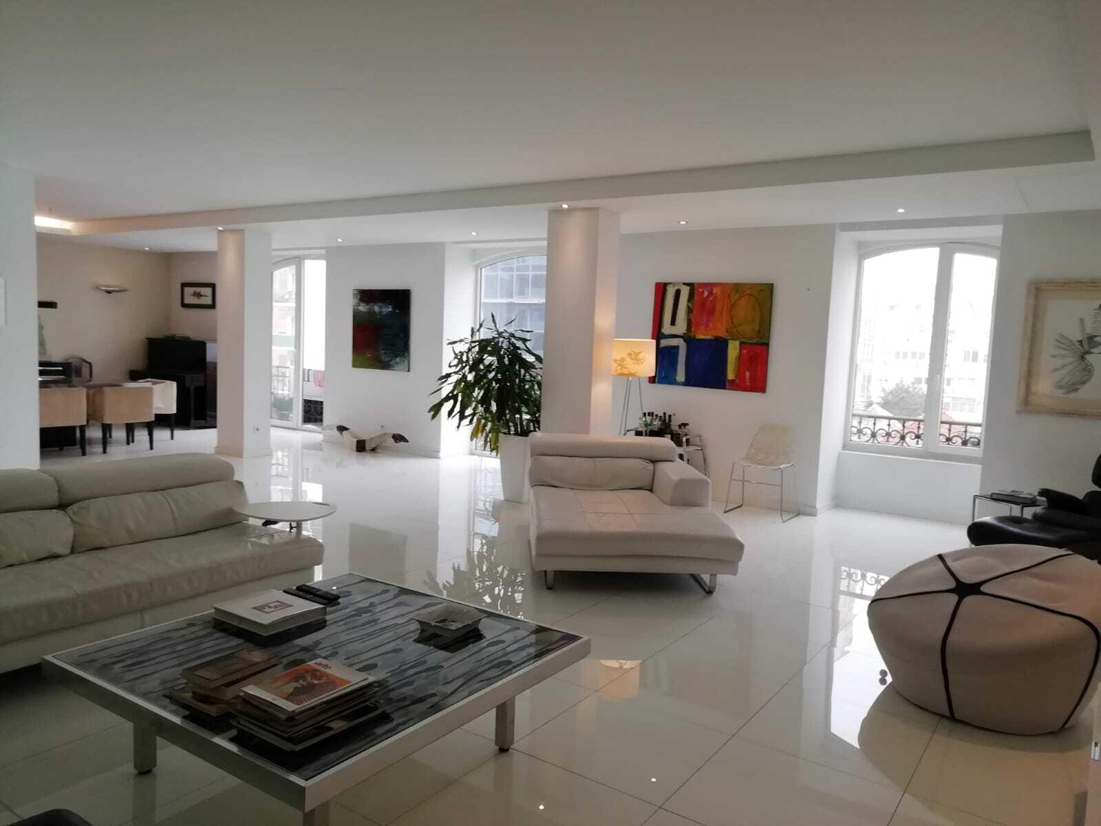 pf18758-apartamento-t6-lisboa-f8415ad1-de72-4cbb-856d-88cb17e3f3b3