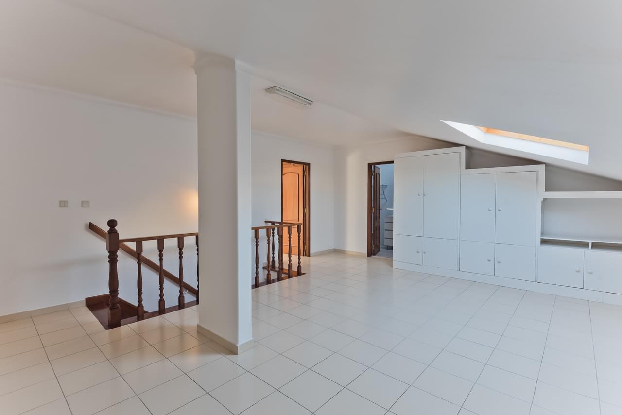 pf18794-apartamento-t4-cascais-0445bcc4-bd76-4737-b08e-eaa1e6df4ccd
