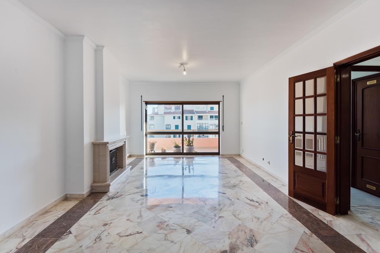 pf18794-apartamento-t4-cascais-8595f603-349e-4ae1-b1a5-71ebe4e200b8
