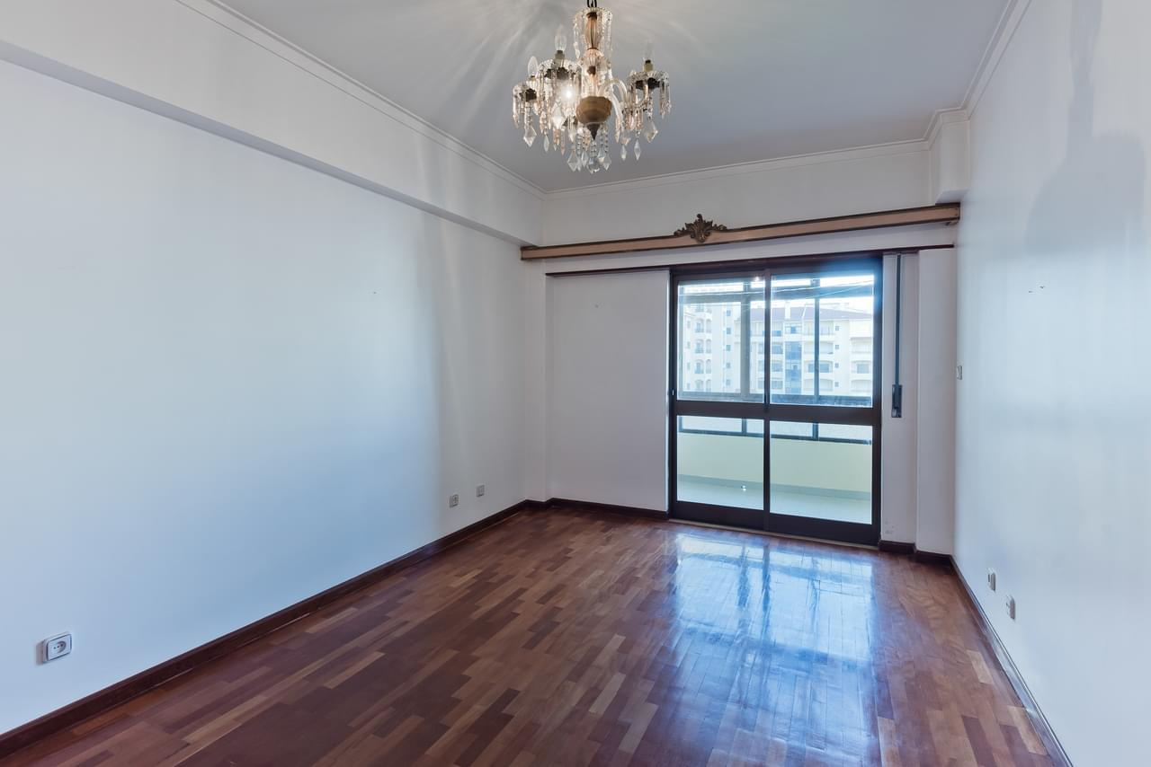 pf18794-apartamento-t4-cascais-955c0439-2b4e-4727-87e3-145f1703ffef