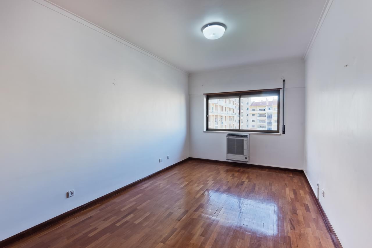 pf18794-apartamento-t4-cascais-ee6935b9-366d-4e58-a211-4f3847b7c1a9