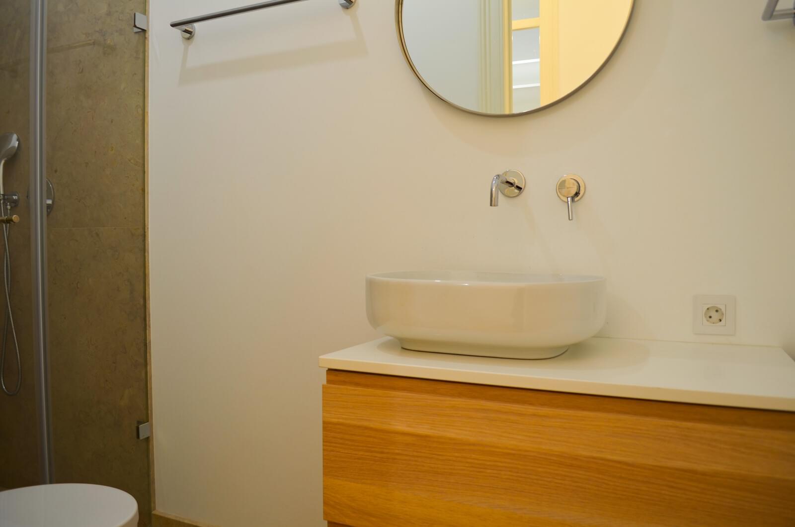 pf18801-apartamento-t2-lisboa-14302014-8950-423b-8b74-ef80ea5c24e2