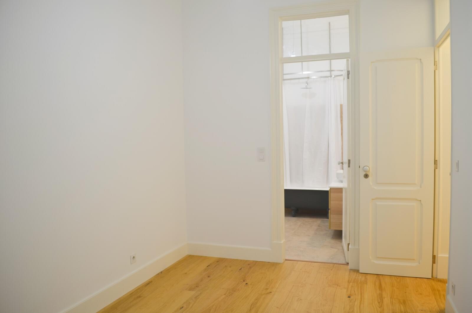 pf18801-apartamento-t2-lisboa-d8b7cd47-0356-40df-81e8-3bd4d46fa96e