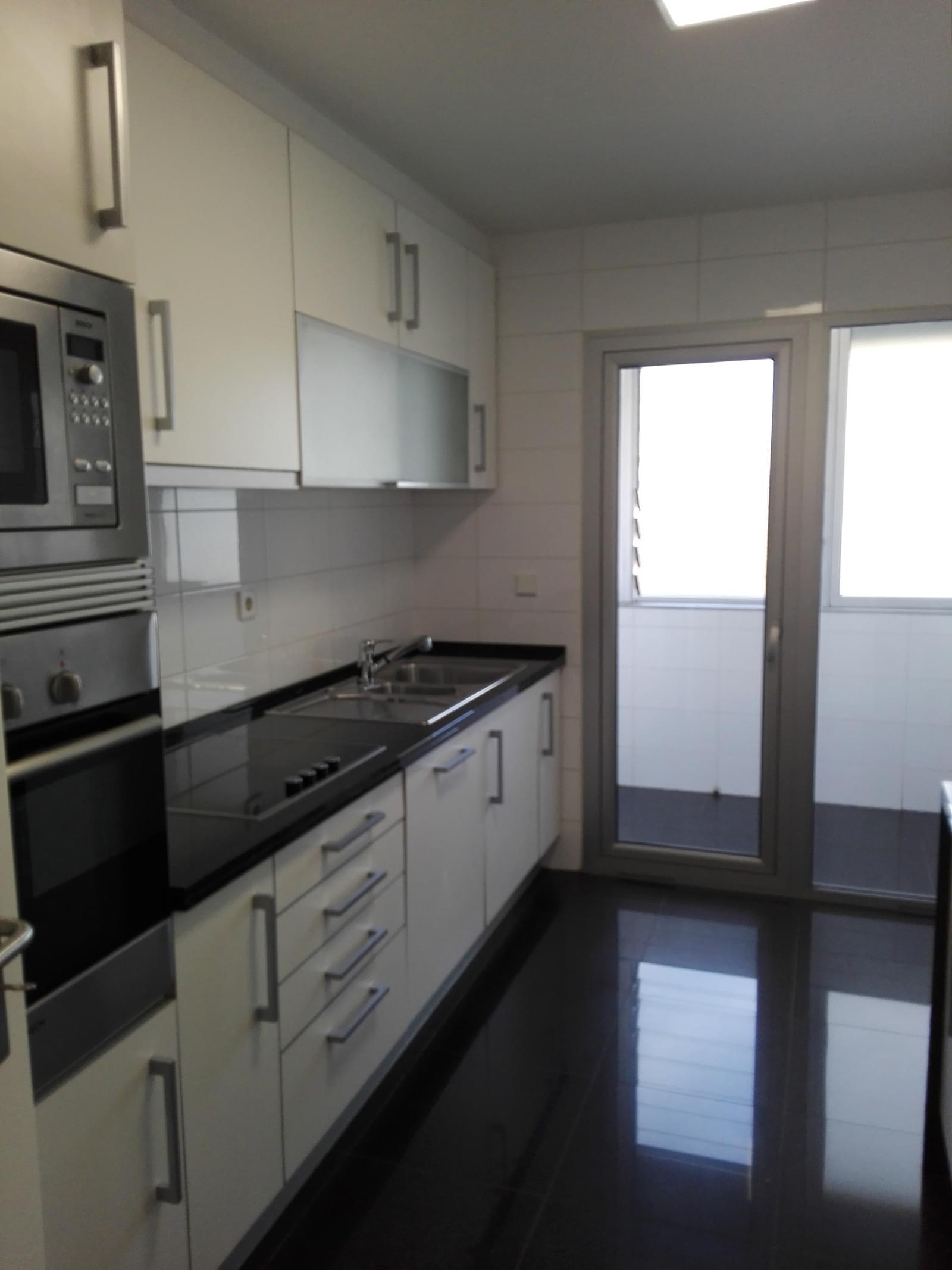 pf18814-apartamento-t2-lisboa-613b309c-e9a9-46d3-ba06-dfe93419cd67