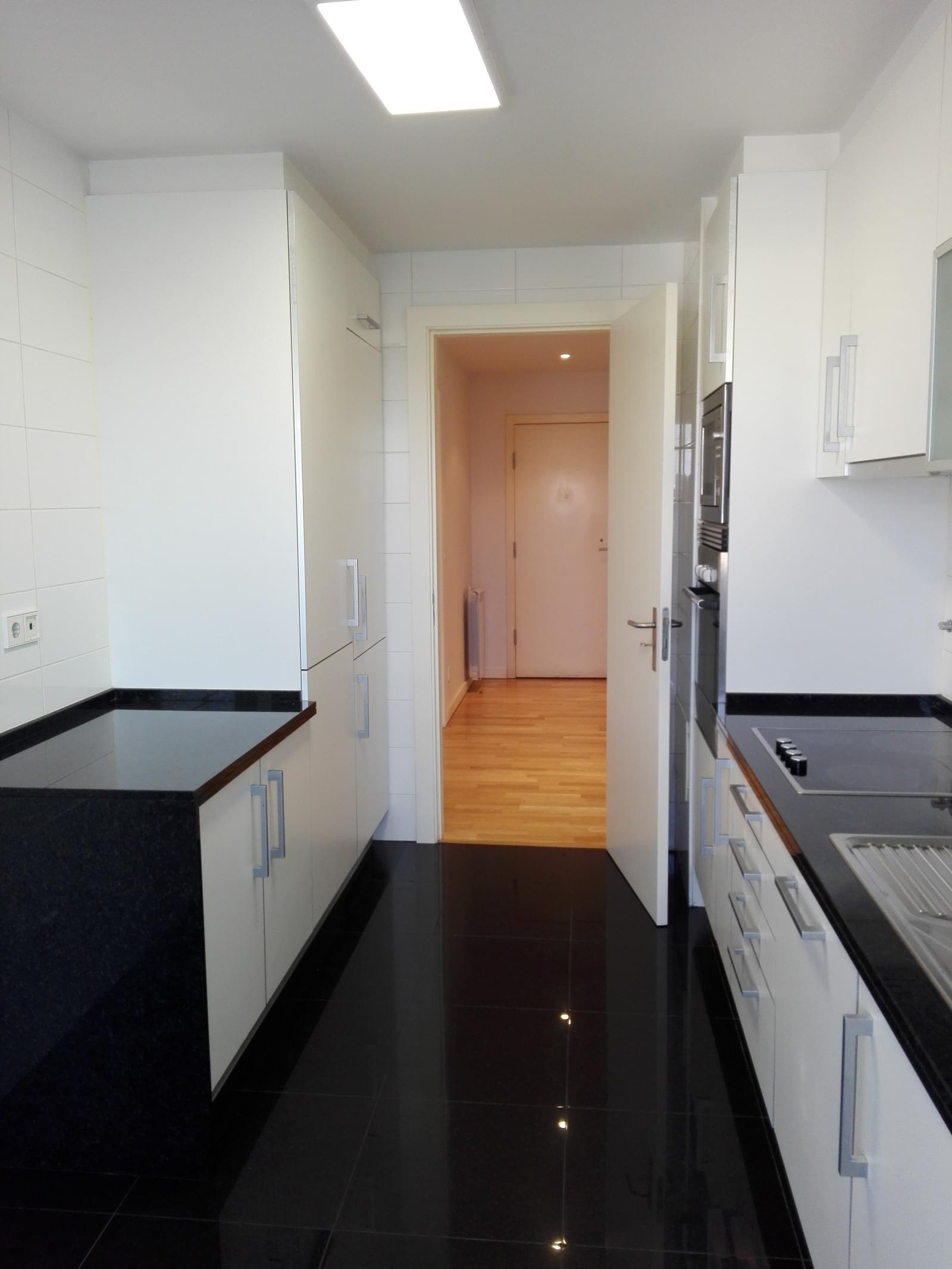 pf18814-apartamento-t2-lisboa-8ba062e8-389a-492b-948b-e90e4b1cf2c9