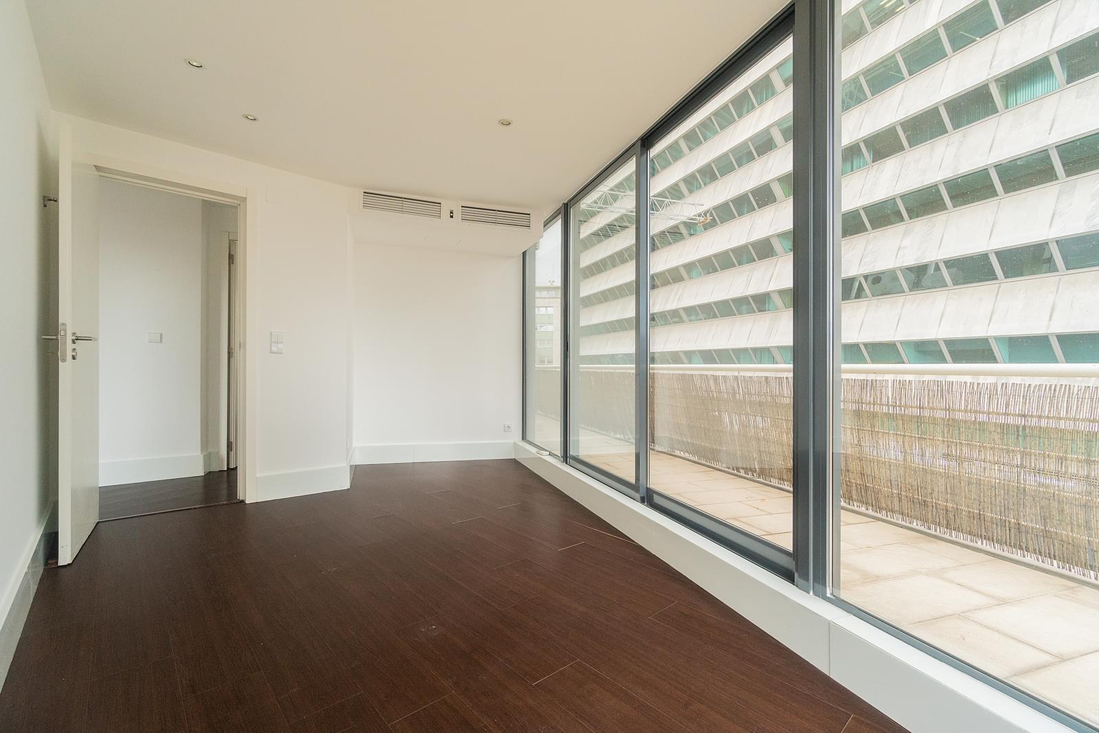 PF18838, Appartement T3, LISBOA