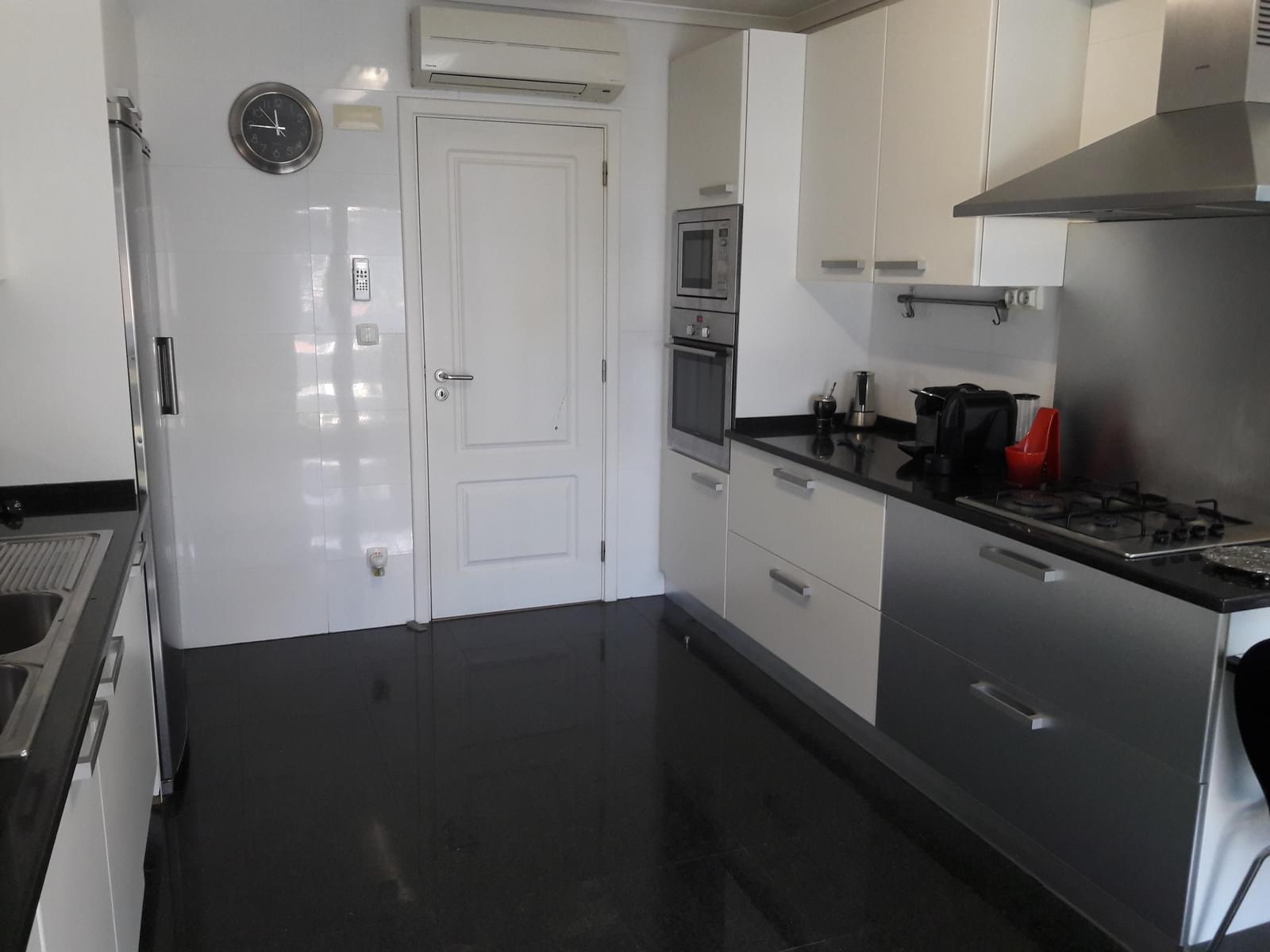 pf1888-apartamento-t4-cascais-82f5200a-f350-4caf-b798-9e131b37cb32