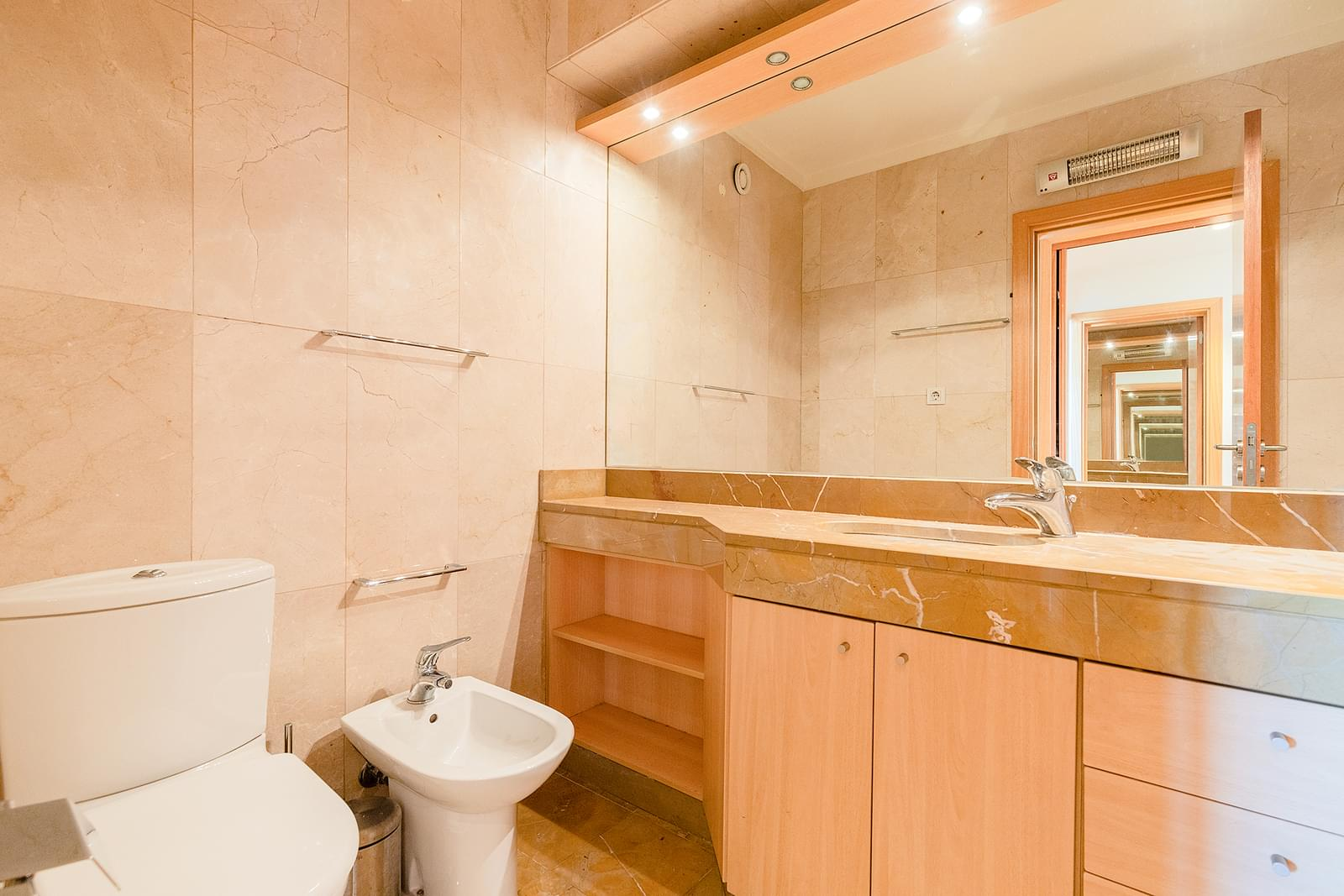 pf18953-apartamento-t3-lisboa-8d3517b4-06ec-41e2-ad19-88d4b7f47aca