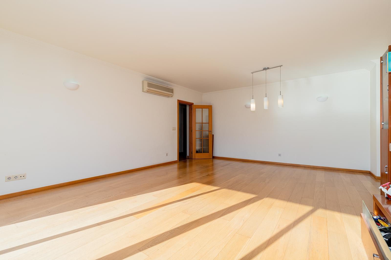 pf18953-apartamento-t3-lisboa-97dba7cb-346f-4a86-9e48-90224f21ab8a
