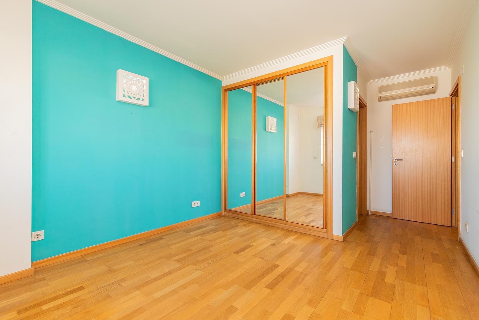 pf18953-apartamento-t3-lisboa-e8e2e354-5c93-49be-ac8b-0d329e1be038