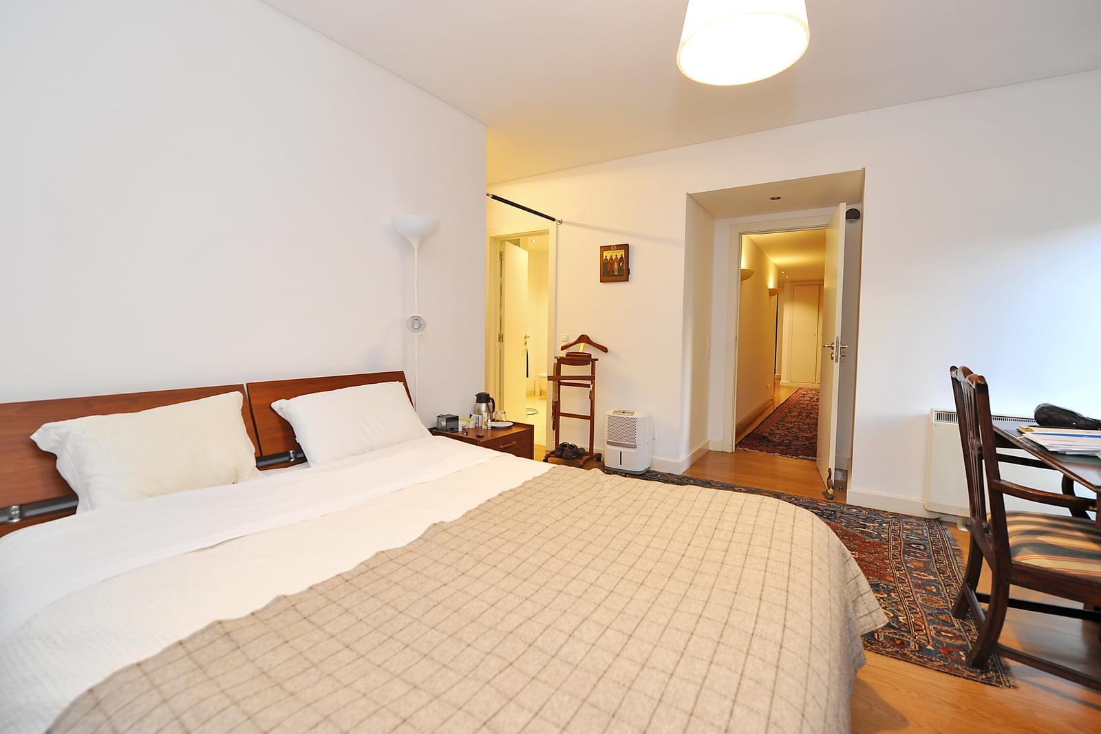 pf18957-apartamento-t5-oeiras-7c25ec4c-46a0-46ed-8bfd-55e52a98690a