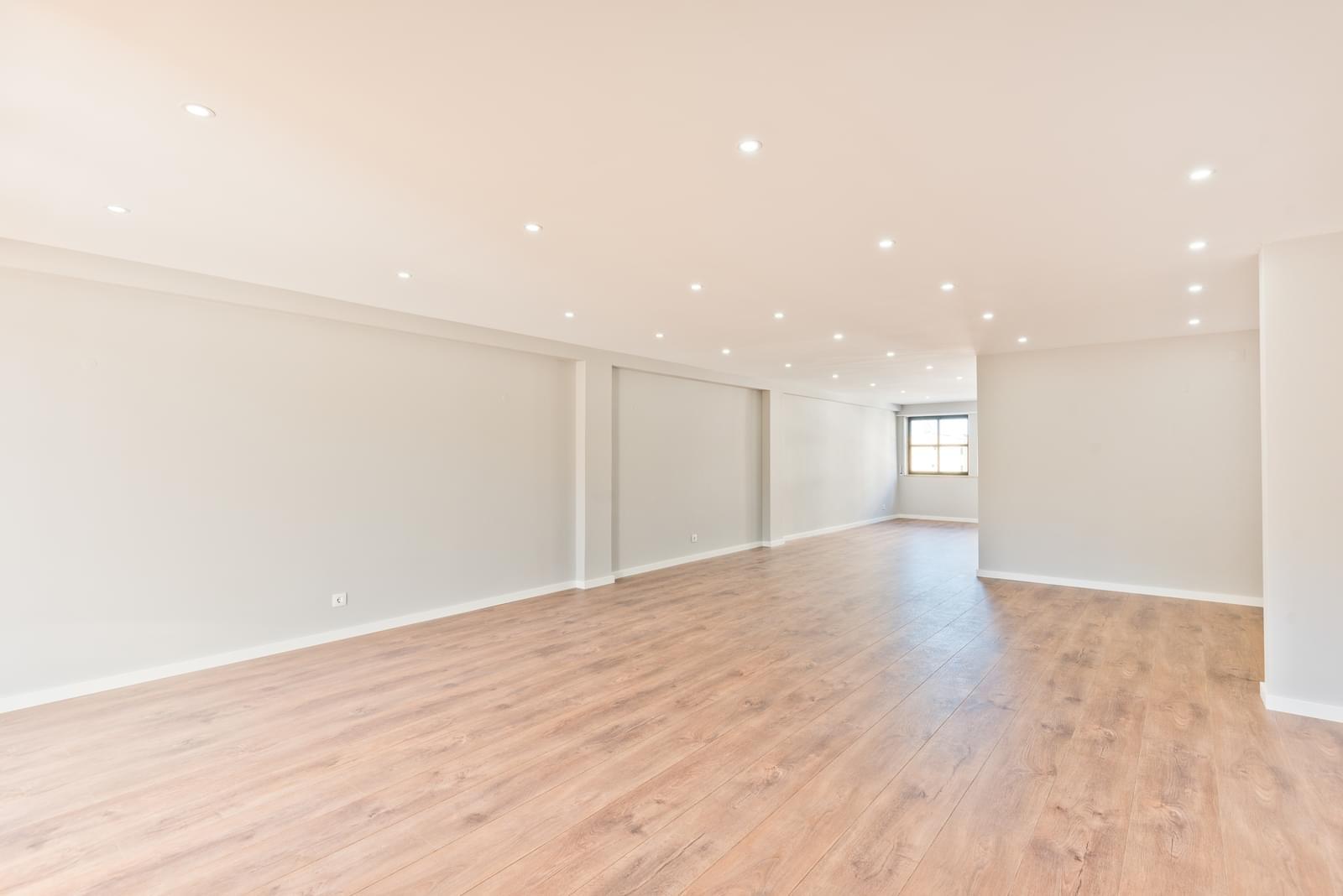 pf18963-apartamento-t5-cascais-3faee022-5fda-47db-ae14-a74cf163deab
