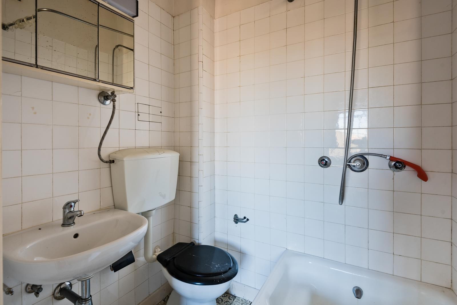 pf18965-apartamento-t2-1-cascais-8c079bc7-3129-4255-80c4-59c416c98b3c