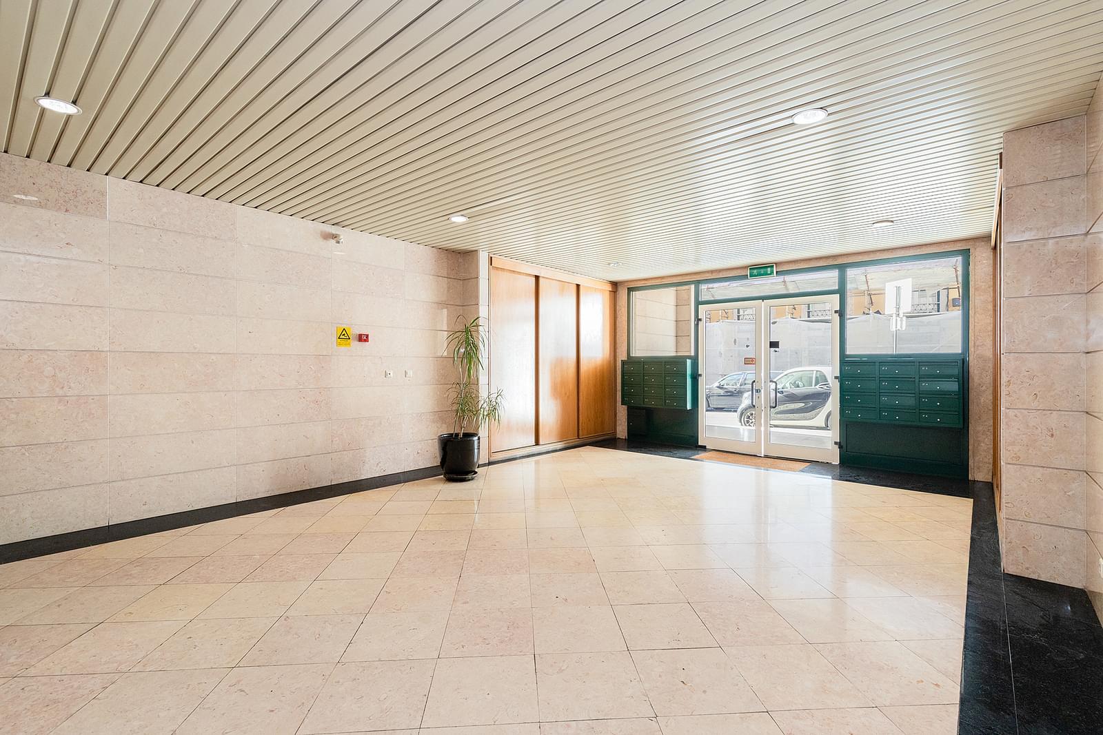 pf18967-apartamento-t2-lisboa-4b065e64-689f-4a5f-9ae0-1c0b6c3b56f6