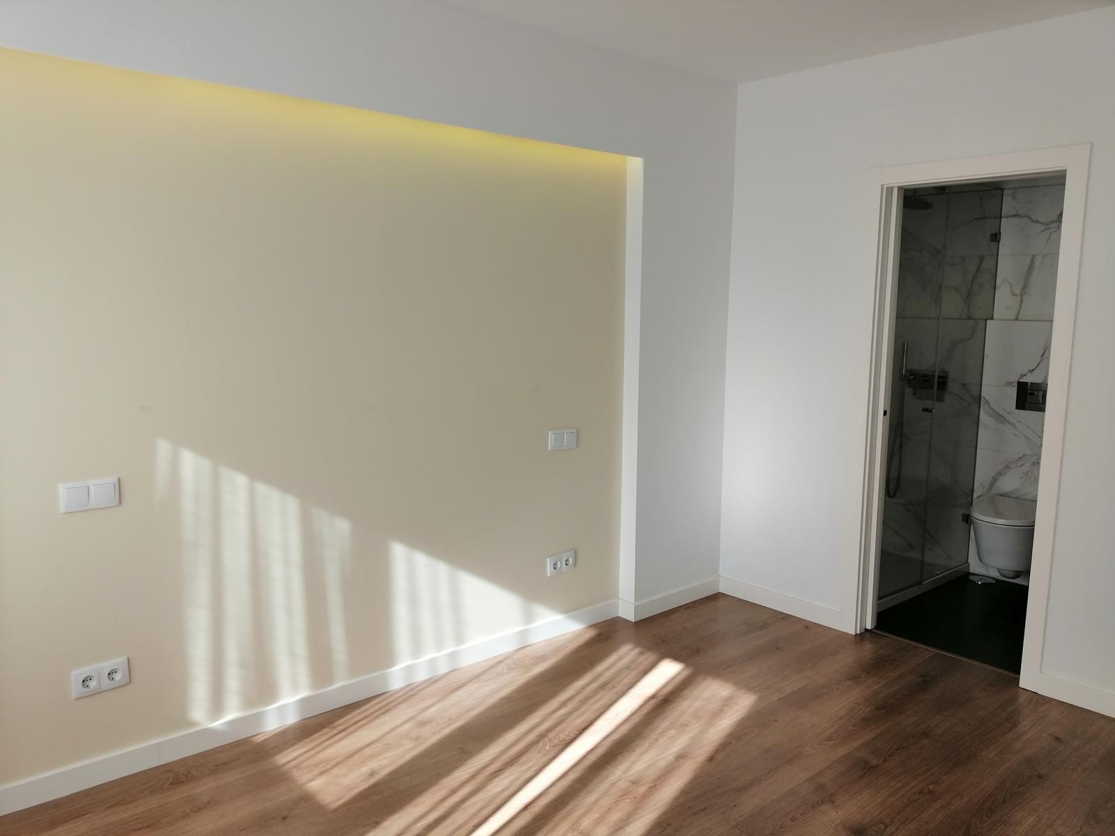 pf18996-apartamento-t3-lisboa-39c86cc4-11a0-4096-9aaf-07e254643989