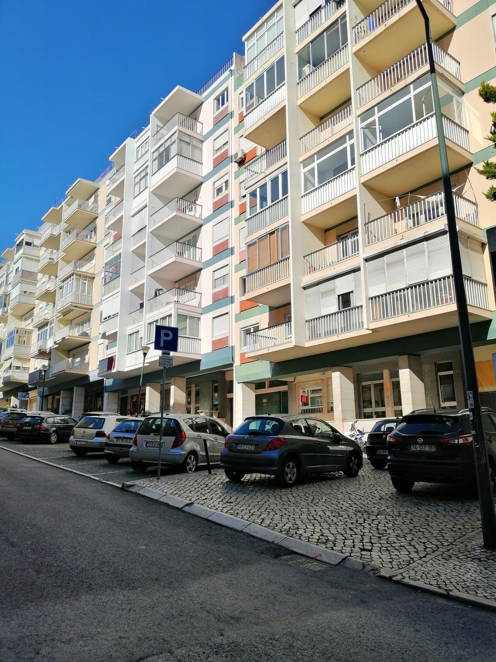 pf18996-apartamento-t3-lisboa-760c64c2-0ccd-4095-97e7-9815426a81b1