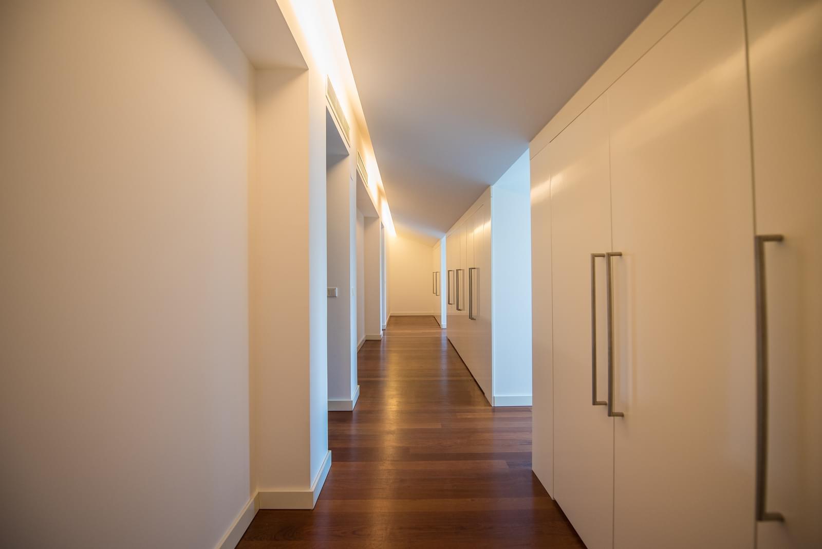 pf19211-apartamento-t4-lisboa-5552a3ae-69c7-4685-b335-fefe9415836e