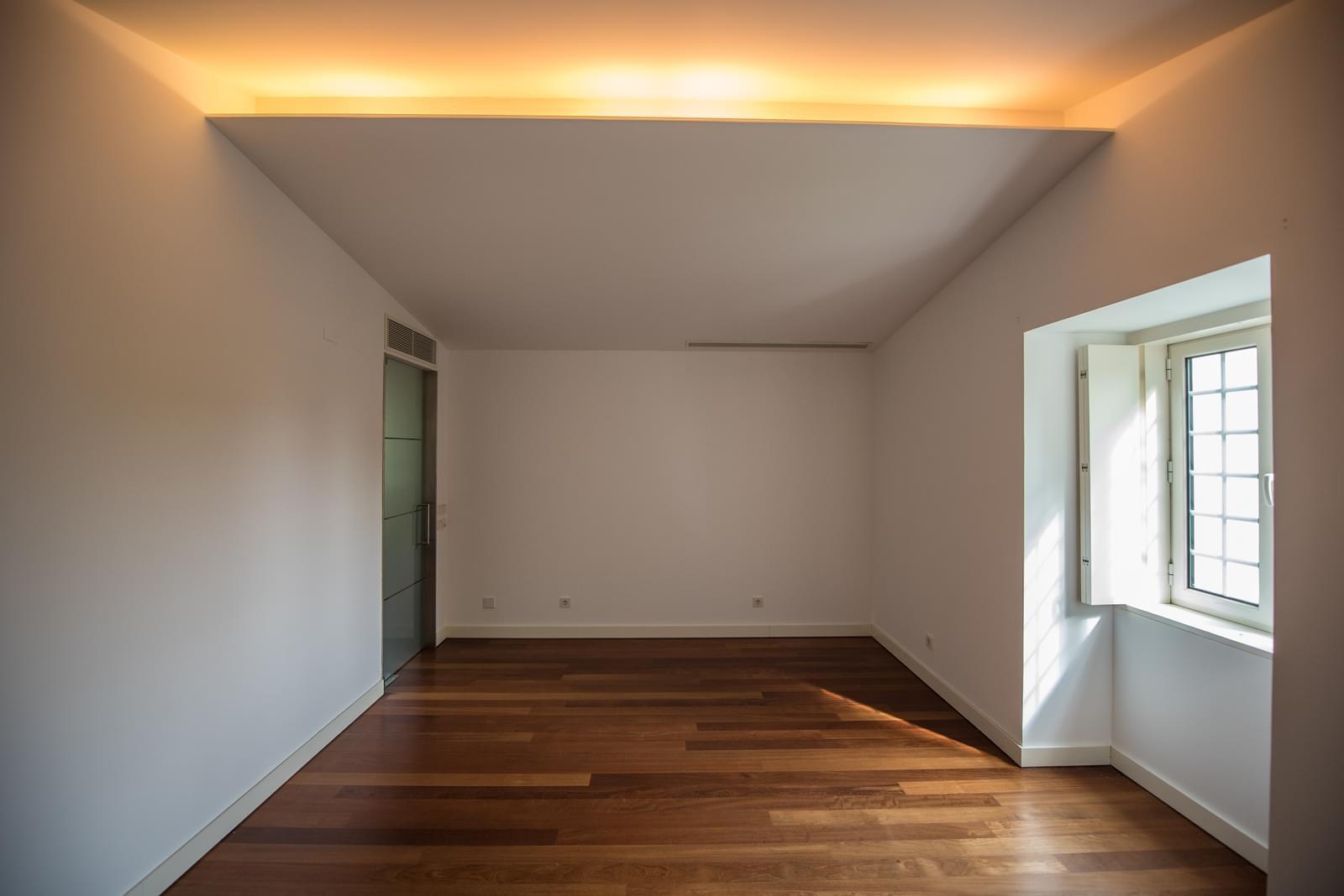 pf19211-apartamento-t4-lisboa-bd54f460-f8a7-4b22-9425-83ab2ddc0787