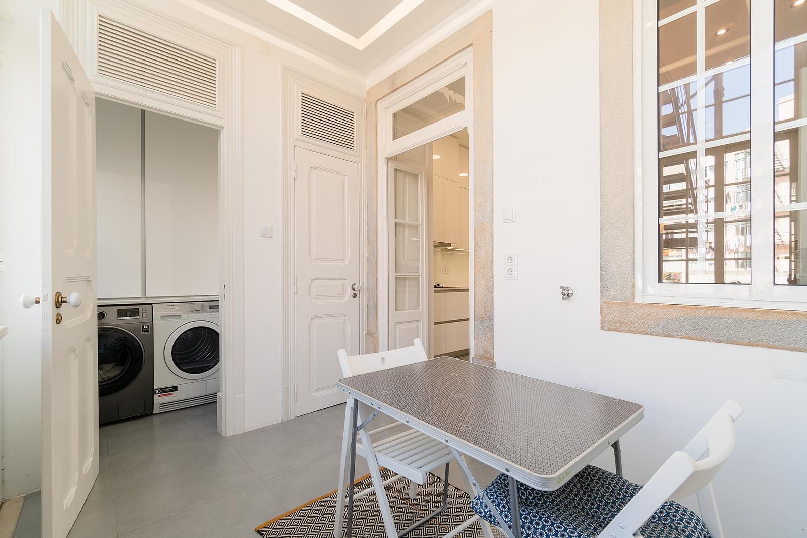 Apartamento T2+1 remodelado