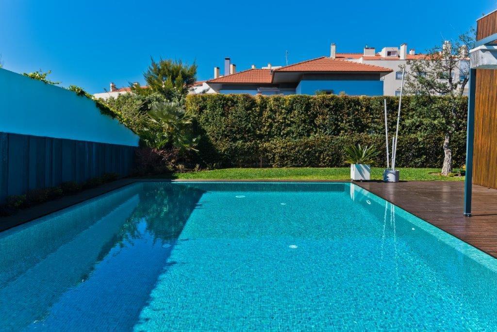 Moradia T5+2 com piscina