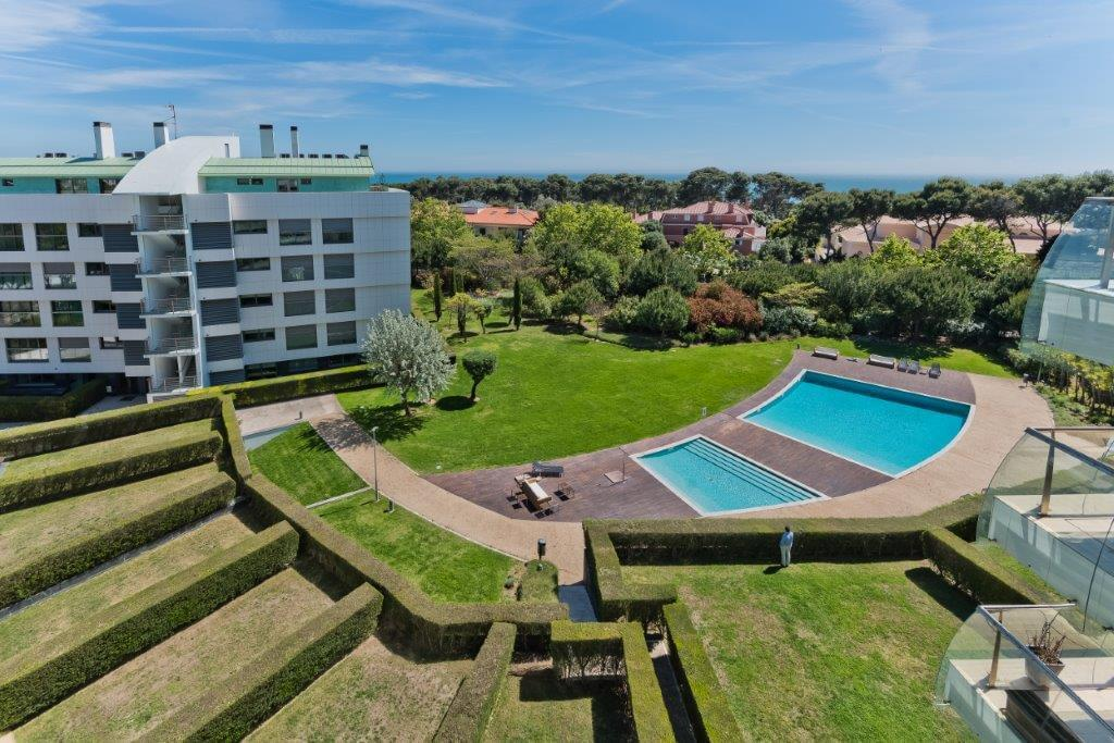 Cascais Residence/Apartment - Real Estate and Apartments ...