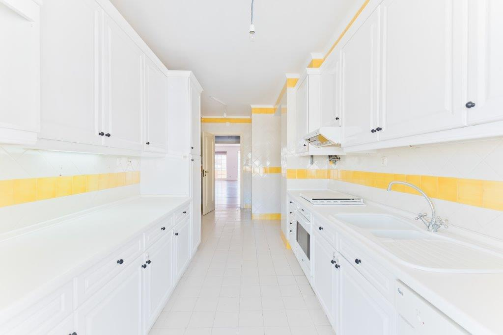 PF19982, Apartamento T3, Cascais