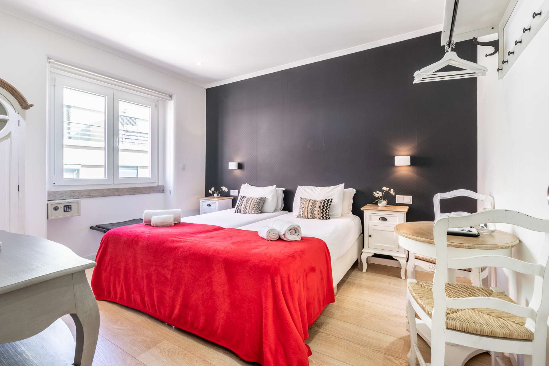 PF22484, Apartamento T9, Lisboa