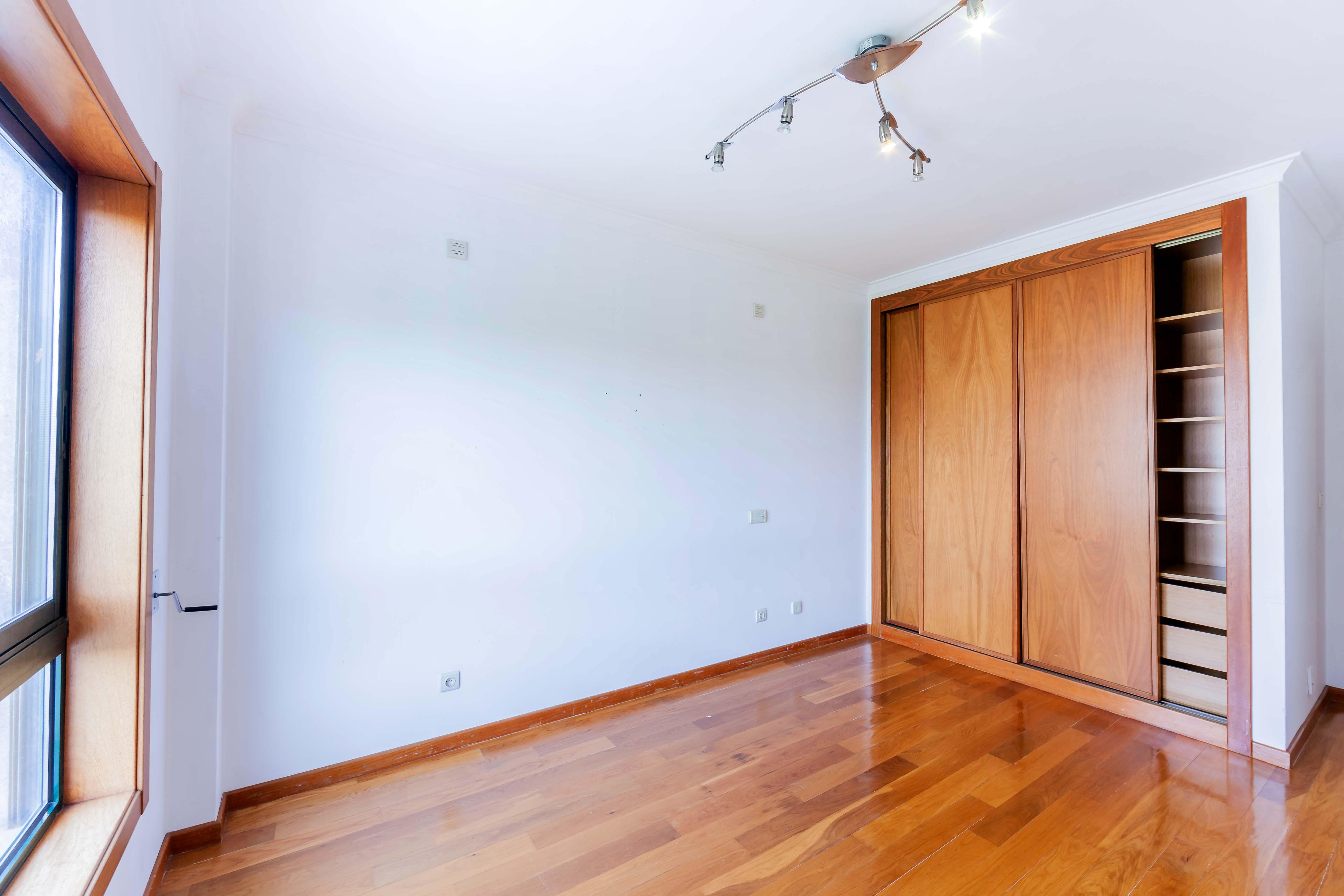 PF22545, Apartamento T3, Oeiras