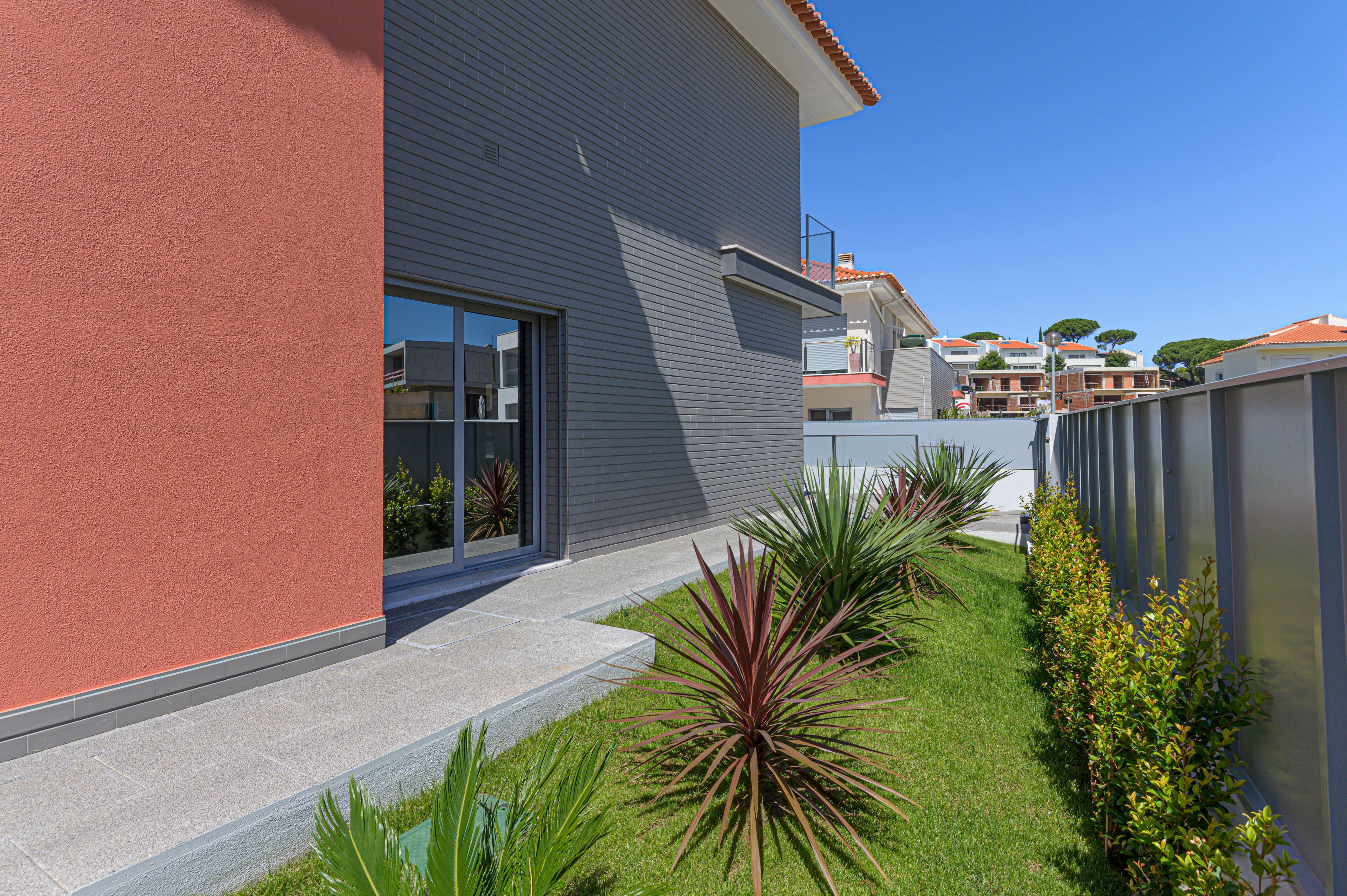PF23135, Moradia T4, Cascais