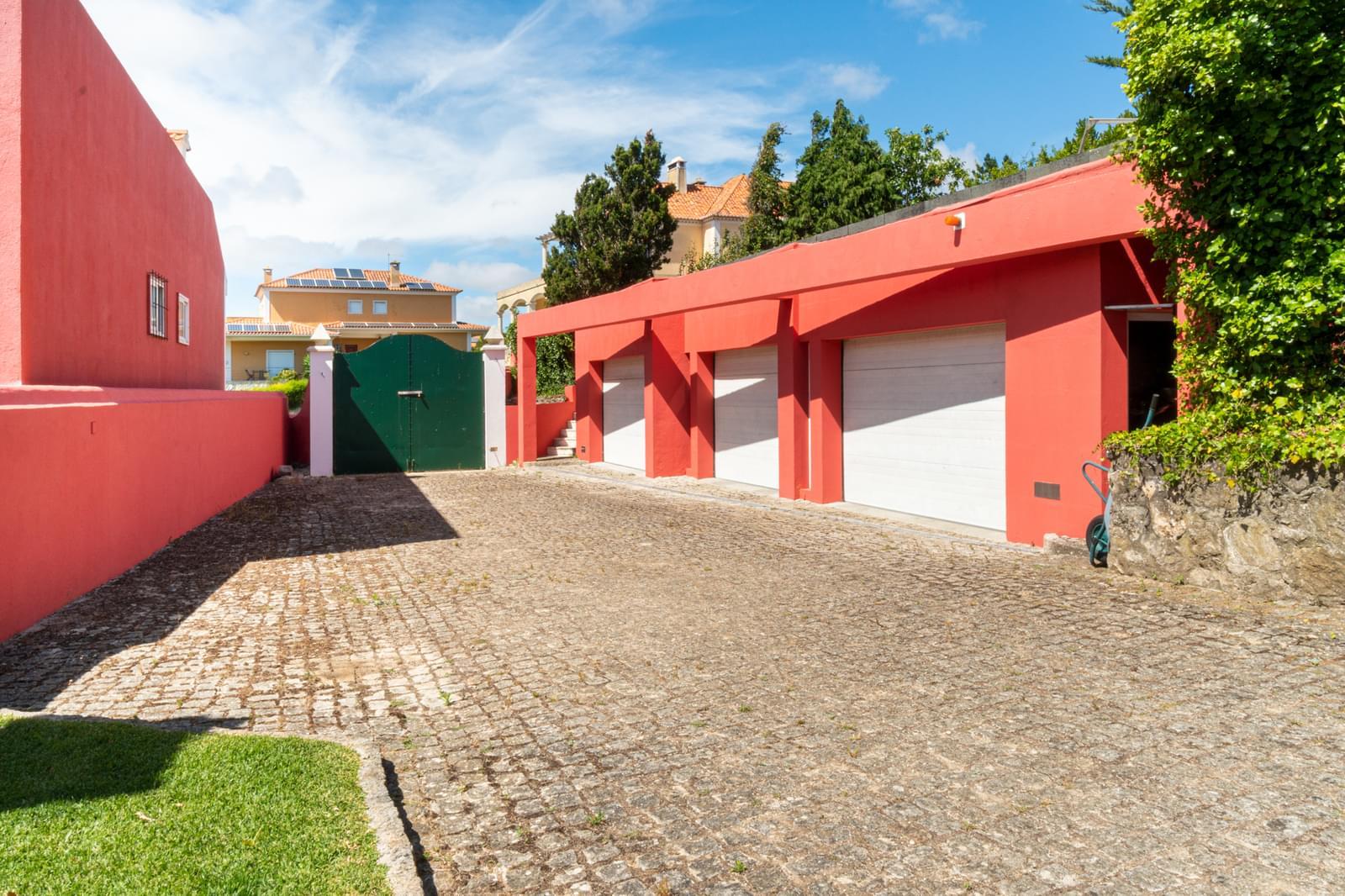 PF23151, Moradia T6 + 3, Sintra