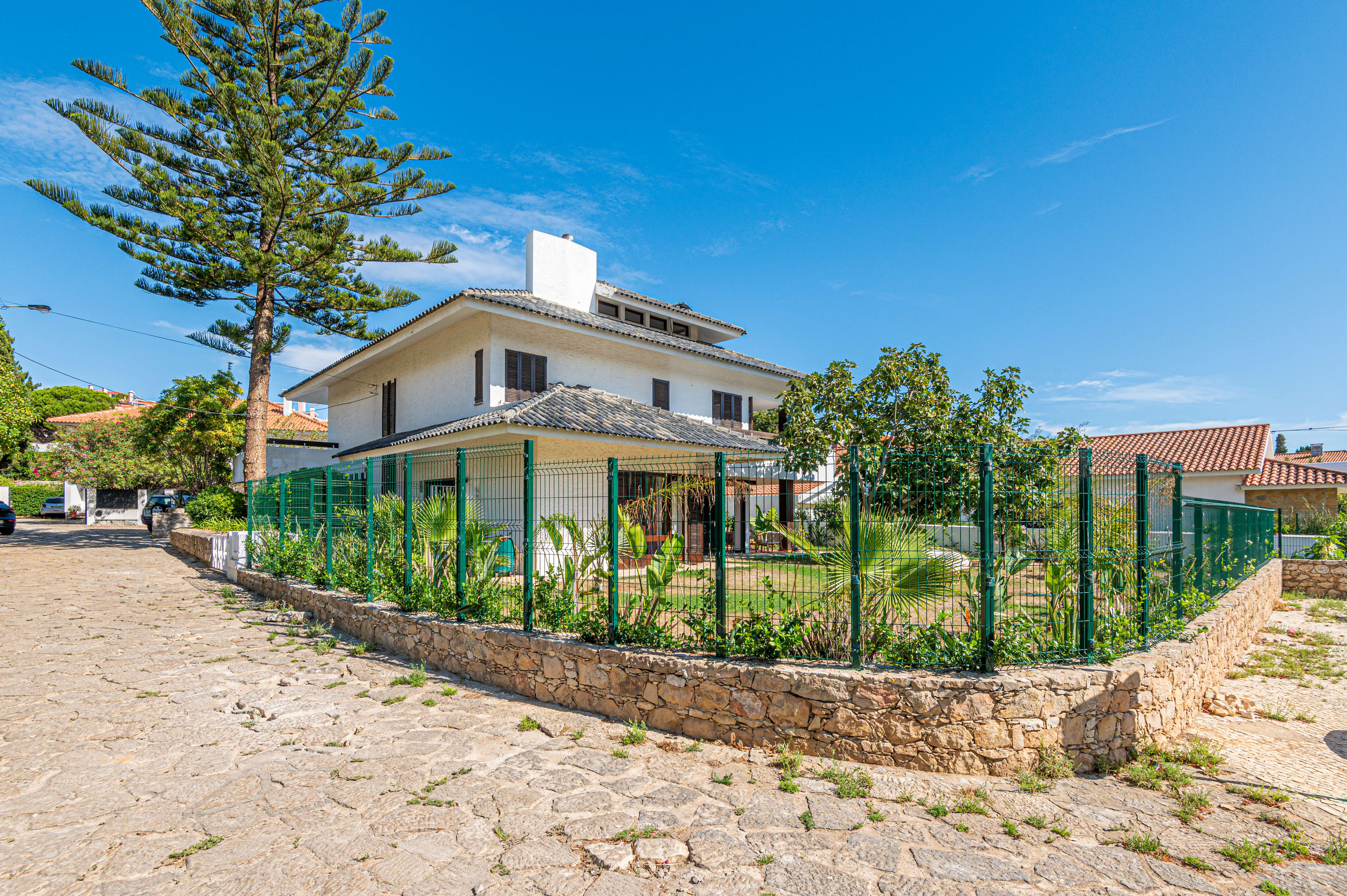 PF23491, Moradia T5, Cascais