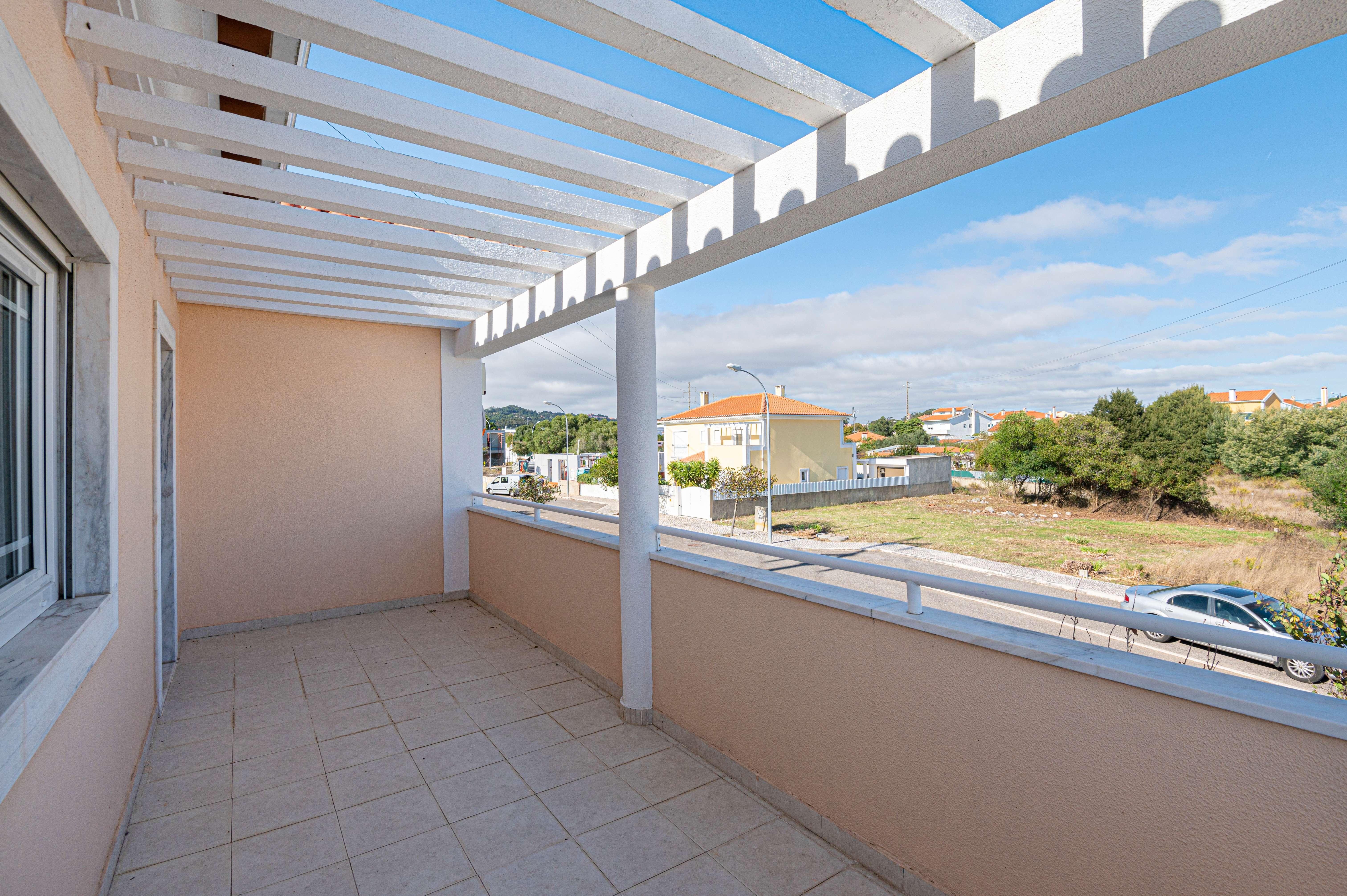PF23535, Moradia T4, Sintra