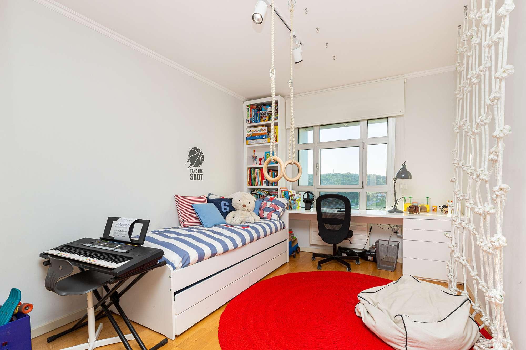 PF24075, Apartamento T4, Lisboa