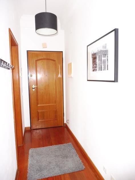 pf2417-apartamento-t2-cascais-332f09db-0b69-48c5-af58-9ac3295e51df