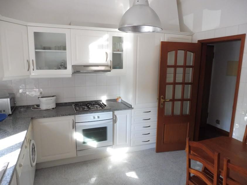 pf2417-apartamento-t2-cascais-51661295-1e1d-4df1-9d2b-c024bd680d7f