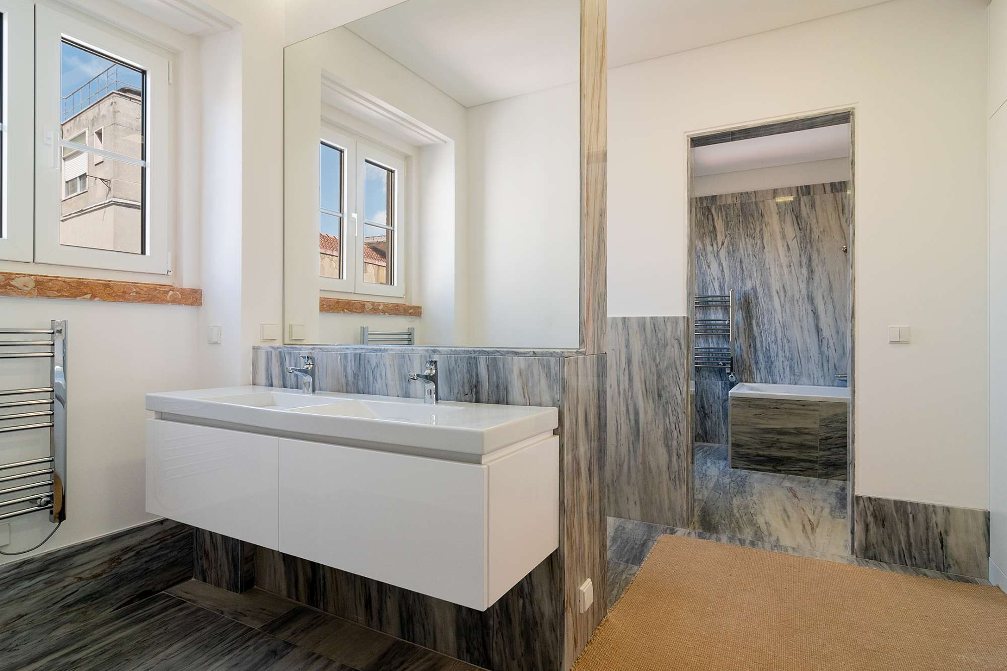 5 Bedroom Apartment, Lisboa