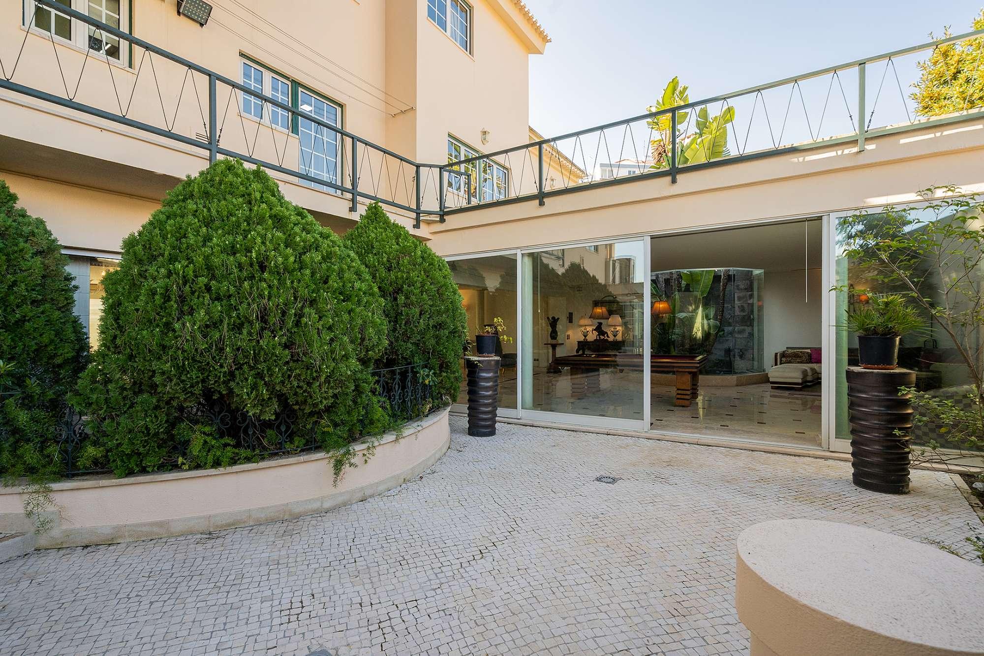 PF24831, Moradia Isolada T5 + 2, Lisboa