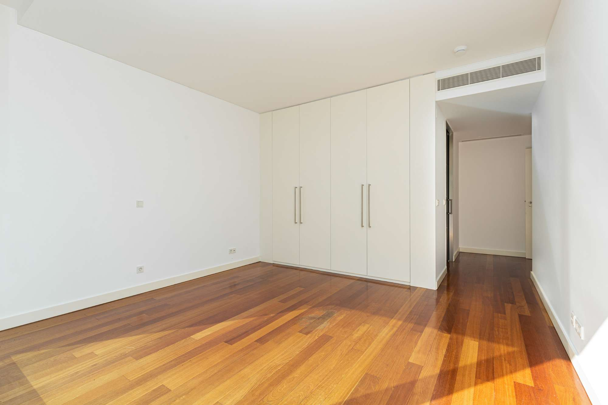PF24892, Duplex T4, Lisboa