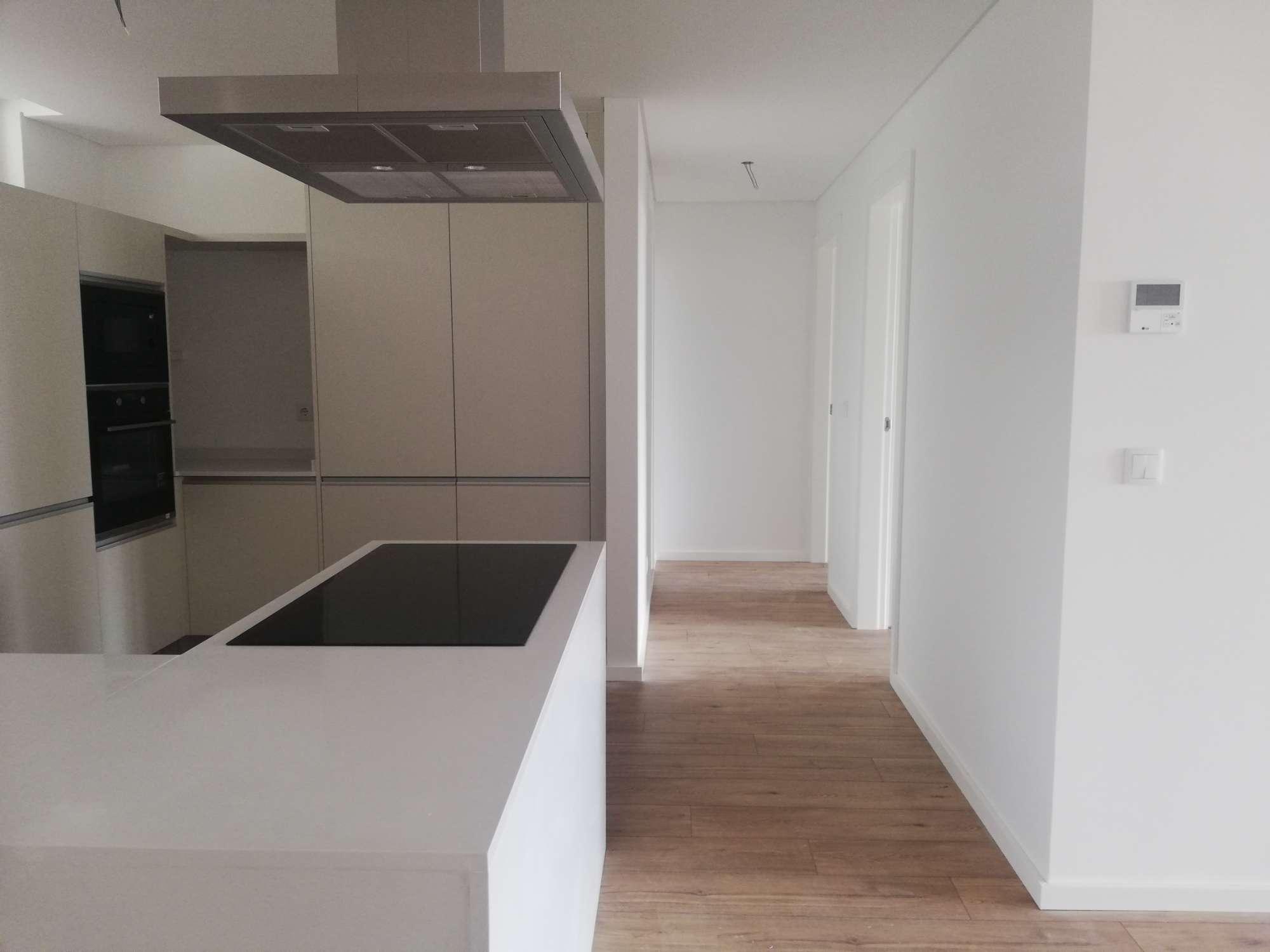 PF25511, Apartamento T2, Oeiras