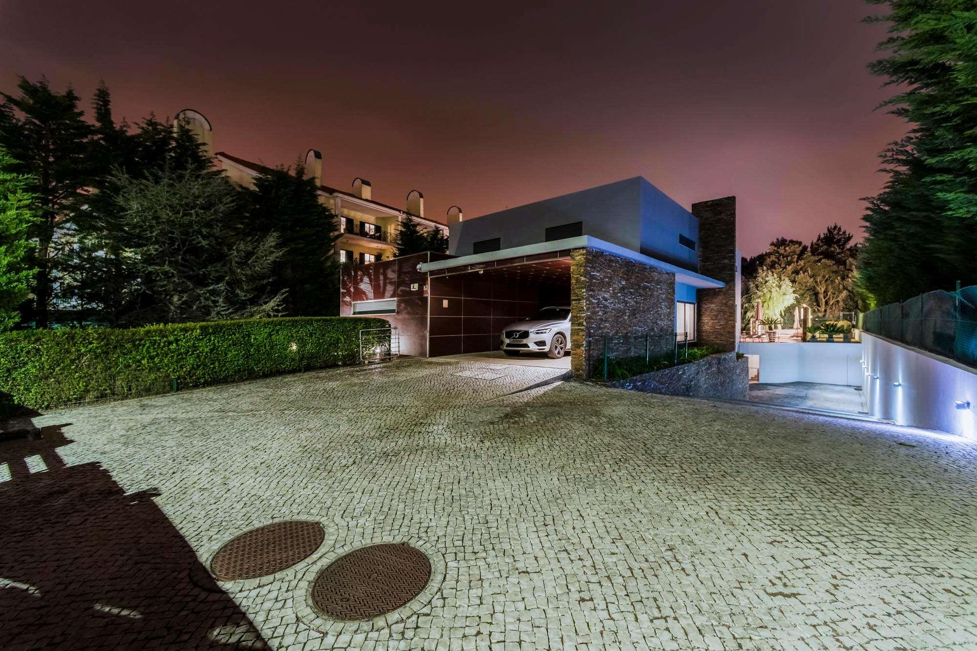 PF25889, Moradia T5, Sintra